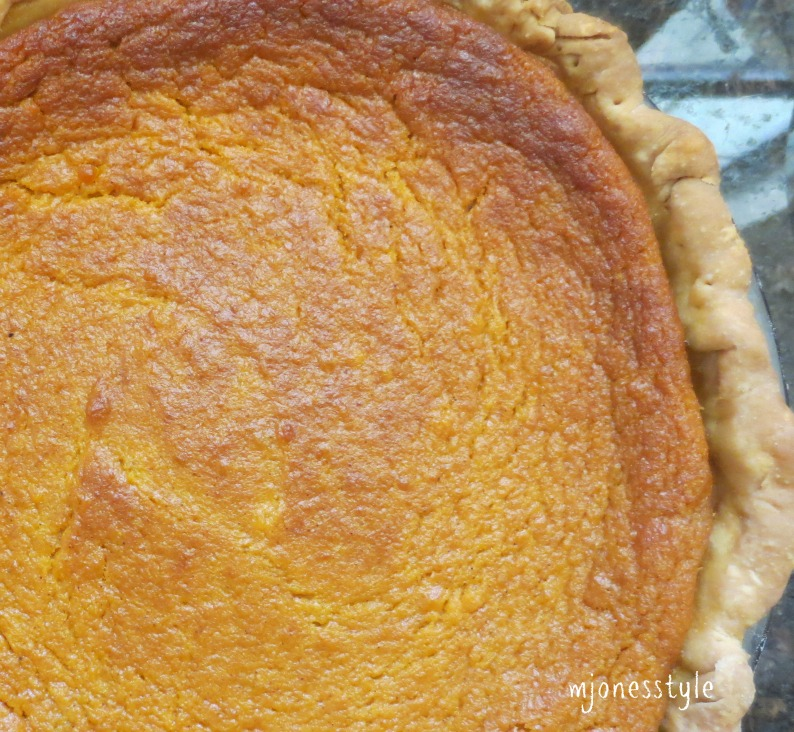 sweet potato pie by eugenia collier Eugenia w collier (born 1928) is an african-american writer and critic best known for her 1969 short story marigolds, which won the gwendolyn brooks prize for fiction award.